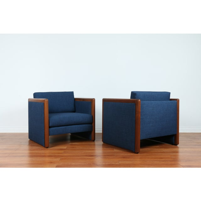 Navy Blue Mid-Century Club Chairs- A Pair - Image 8 of 10
