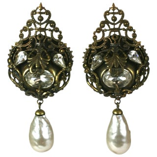 Nina Ricci French Haute Couture Pearl and Crystal Long Earclips For Sale