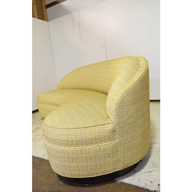 Yellow Custom Kidney Shaped Sofa With Kravet Fabric For Sale - Image 8 of 12