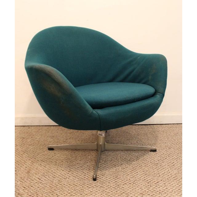 Danish Modern Danish Mid-Century Modern Overman Style Swivel Chrome Base Pod Chair For Sale - Image 3 of 11