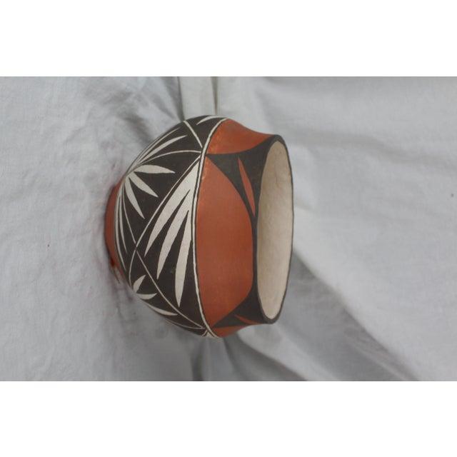 Primitive Vintage Mid-Century Acoma Pot For Sale - Image 3 of 7