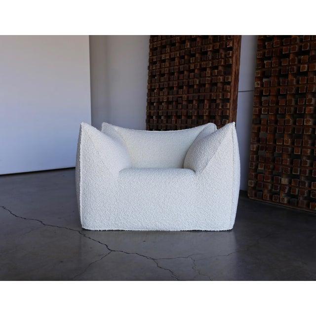 "Cream Mario Bellini "" Le Bambole "" Lounge Chairs for B&b Italia, Circa 1985 - a Pair For Sale - Image 8 of 13"