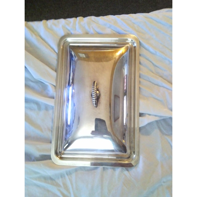 Sheffield Silver Co. Vintage Silver Plate Covered Chafing Set With Alcohol Burner - Set of 3 For Sale - Image 4 of 5