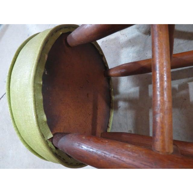 Vintage Rattan and Avocado Green Tiki Bar & 4 Bar Stools For Sale - Image 5 of 13