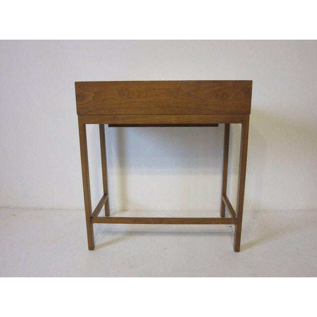 Edward Wormley Rare Dunbar Small Vanity or Makeup Table by Edward Wormley For Sale - Image 4 of 8