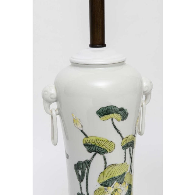1960s Japanese Porcelain Lotus Flower Vase Form Table Lamps - Image 5 of 9