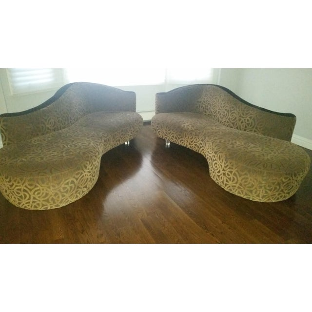 Vladimir Kagan for Weiman Serpentine Cloud Sofas Lucite Legs - a Pair For Sale - Image 5 of 10
