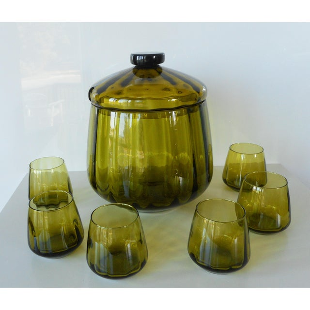 Mid-Century Modern Vintage Mid-Century Avocado Green Art Glass Punch Bowl & Cups - Set of 7 For Sale - Image 3 of 9