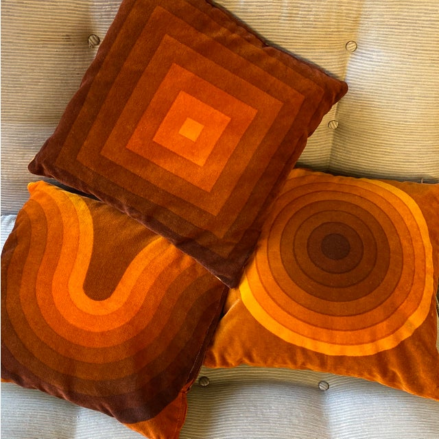Mid-Century Modern Verner Panton Velour Pillows - Set of 3 For Sale - Image 10 of 13