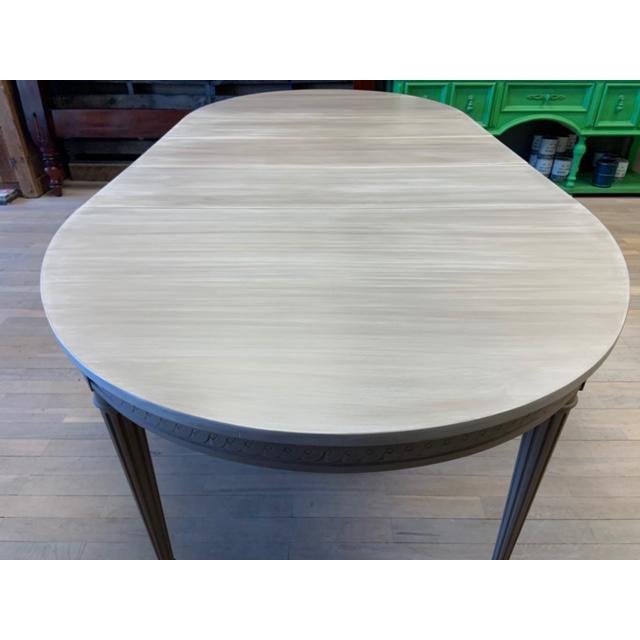 Mid-Century Modern Baker Furniture Starburst Dining Table For Sale - Image 3 of 13
