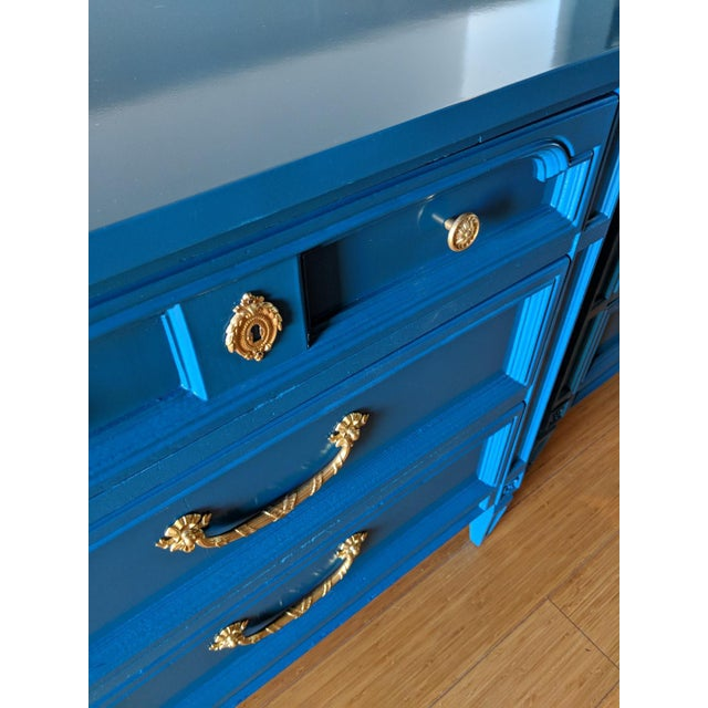Italian 1960s Italian Basic Witz Blue High Gloss Six-Drawer Dresser and Nightstand Set - 2 Pieces For Sale - Image 3 of 12