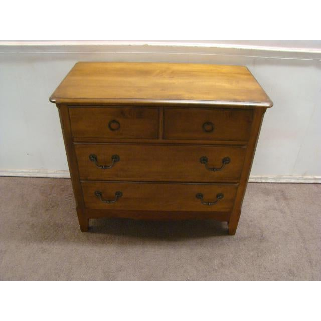 1990s French Country Pennsylvania House Solid Maple Chest For Sale - Image 9 of 9