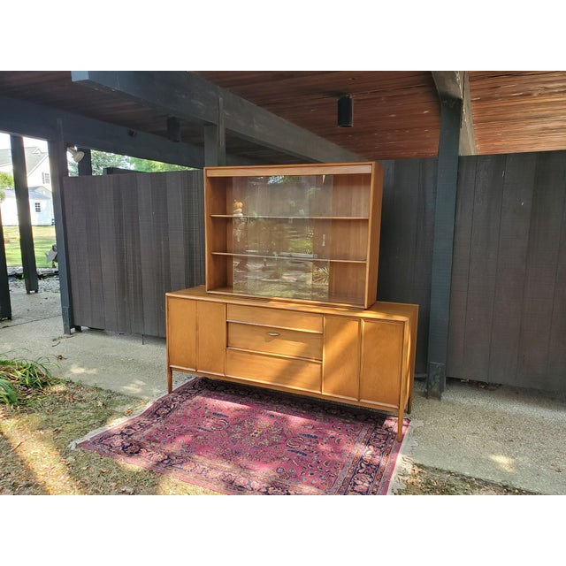 Drexel Parallel Mid-Century Modern Drexel Parallel China Cabinet For Sale - Image 4 of 13