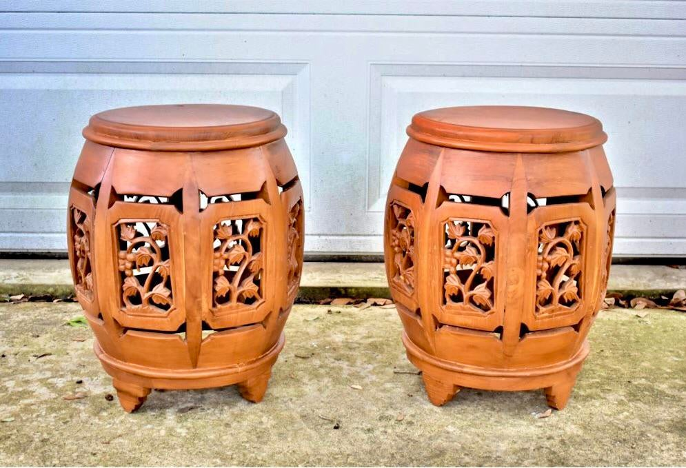 1920s Asian Hand Carved Rosewood Oriental Garden Stools   A Pair For Sale    Image 13