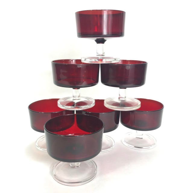 Mid-Century Modern French Sorbet/Short Champagne Glasses in Cavalier Ruby by Cristal d'Arques-Durand - Set of Seven For Sale - Image 3 of 5