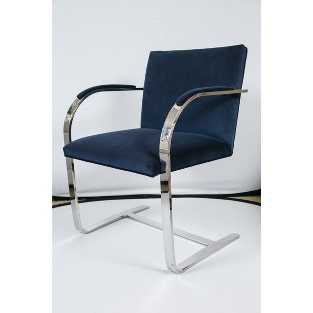Designed by the great Ludwig Mies van der Rohe in 1930, this is Minimalist design at its best. The famed design element,...