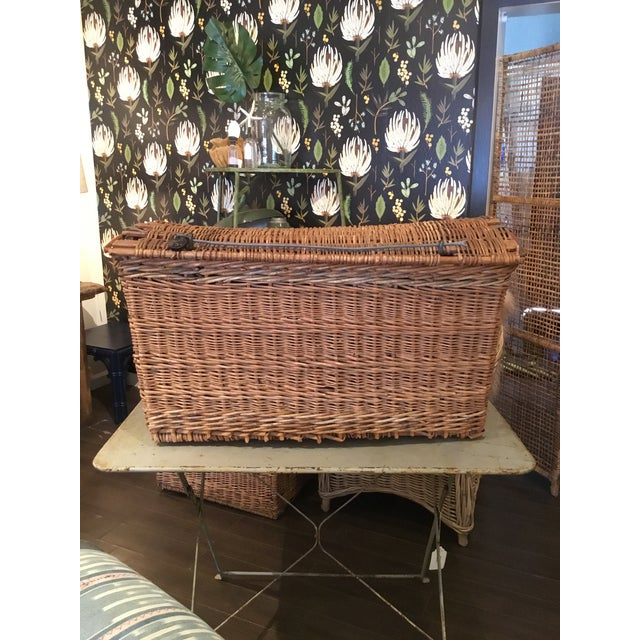 20th Century French Woven Wicker Basket For Sale - Image 13 of 13