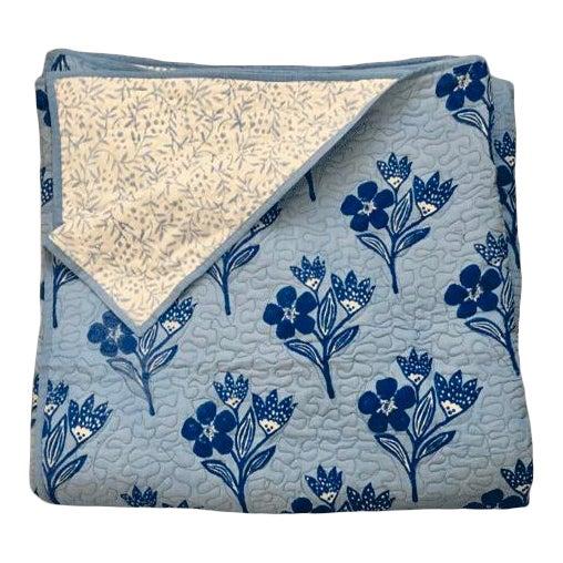 Boho Chic Floral Blue Reversible Queen-Size Quilt For Sale