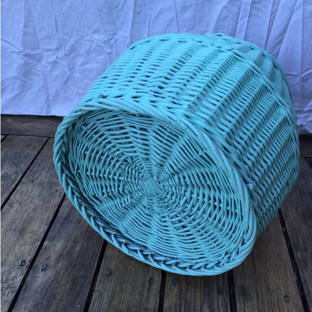 Vintage Turquoise Lidded Wicker Basket - Image 8 of 10