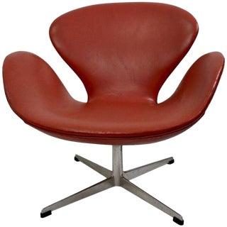 Arne Jacobsen Swan Chair for Fritz Hansen For Sale