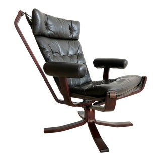 Sigurd Ressell Armed 1960s Rosewood Norwegian Leather Falcon Chair