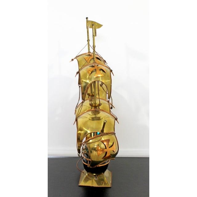 Mid Century Modern Light Up Brass Copper Sailing Sculpture Bijan Jere Era 1970s For Sale - Image 4 of 9