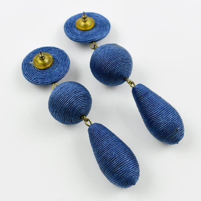 1980s Vintage Oversized Blue Thread Dangling Pierced Earrings For Sale - Image 4 of 6