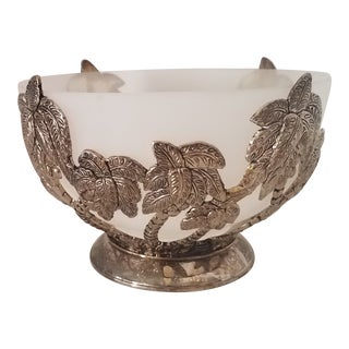 Vintage Godinger Silverplate Coconut Tree Design W/ Frosted Glass Bowl Insert For Sale