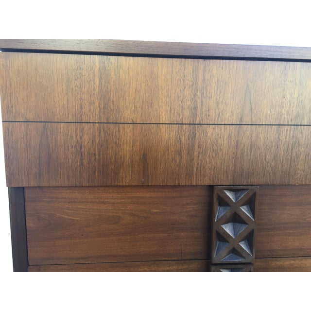 Bassett Mid-Century Chest of Drawers - Image 4 of 9