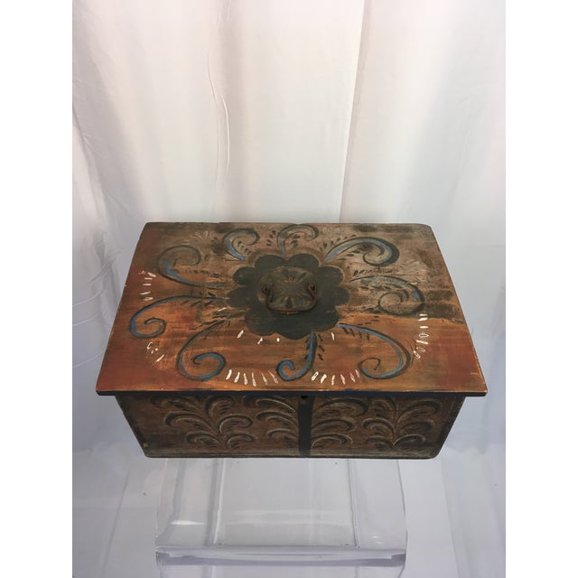 This is an antique Norwegian box--folk art at it's finest! These Norwegian boxes are rare to find and highly collectible....