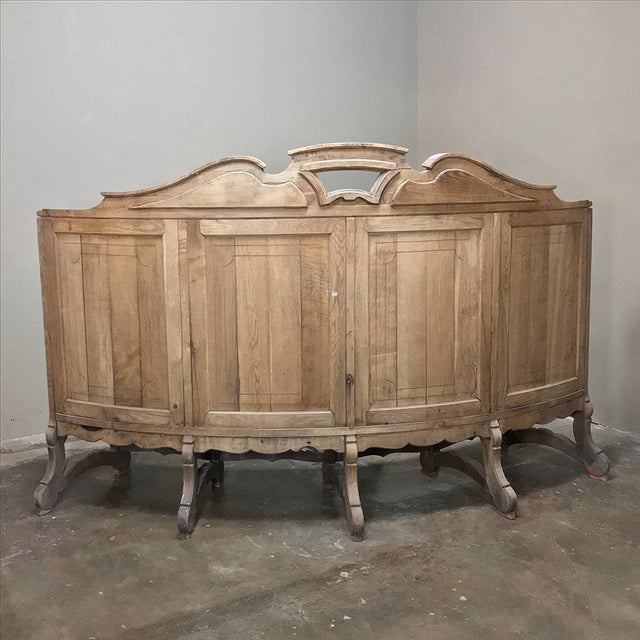 Late 18th Century 18th Century Rounded Foyer ~ Bay Bench For Sale - Image 5 of 10
