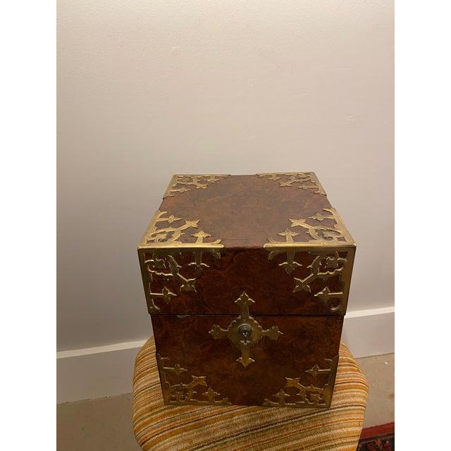 Antique English Burled Walnut Tantalus - 5 Piece Set For Sale - Image 4 of 12