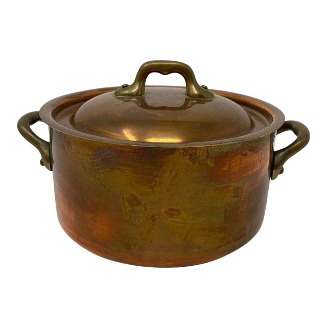 Small Copper Pot With Brass Handles and Lid For Sale