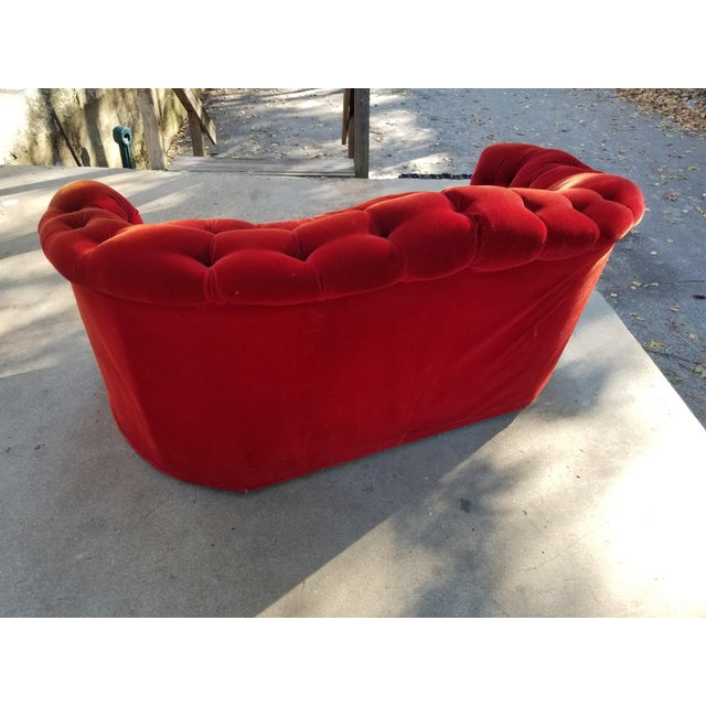 Art Deco 1960s Vintage Red Velvet Heart Shaped Tufted Loveseat For Sale - Image 3 of 8