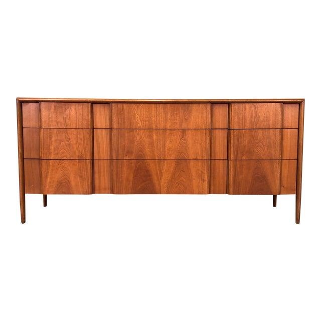 Barney Flagg for Drexel Parallel Mid-Century Modern 9-Drawer Dresser For Sale
