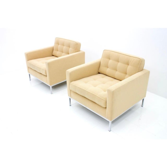Pair of lounge chairs by Florence Knoll for Knoll International. The chairs was newly upholstery circa three years ago....