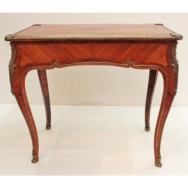 English Louis XV Style Table by Town & Emanuel, London (with surviving paper label) For Sale In Dallas - Image 6 of 8