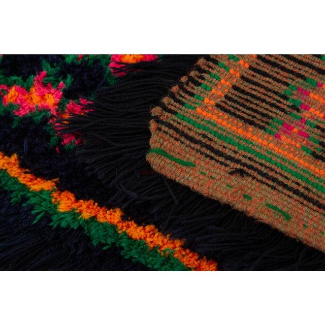 Fiber Hand-Tufted Peruvian Shag Rug For Sale - Image 7 of 10