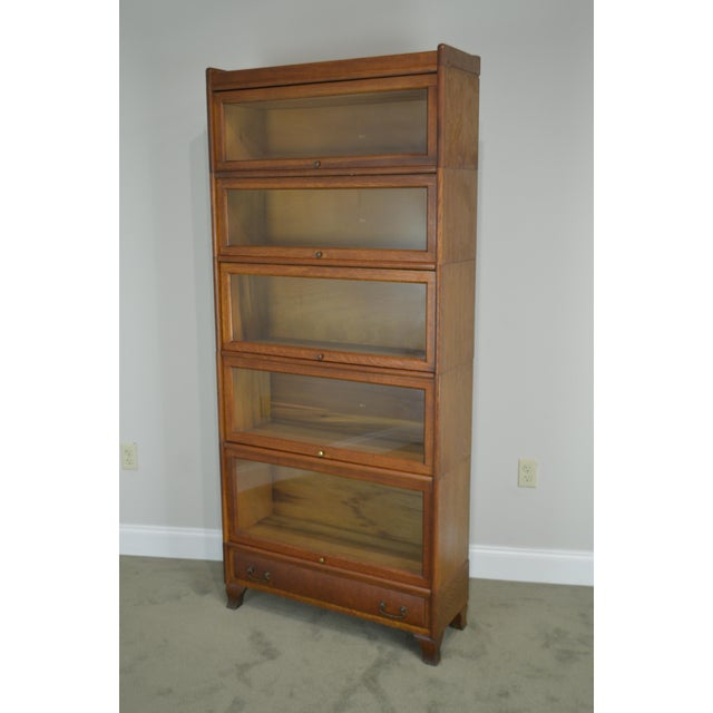 1910s Antique Oak 5 Section Stacking Barrister Bookcase With Drawer by Weis For Sale - Image 5 of 13