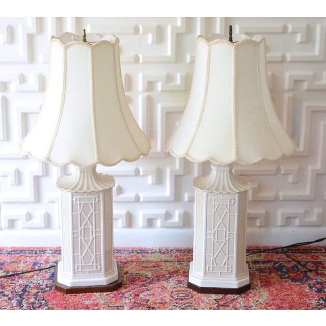 White Frederick Cooper Chinoiserie Table Lamps With Scalloped White Shades For Sale - Image 10 of 11