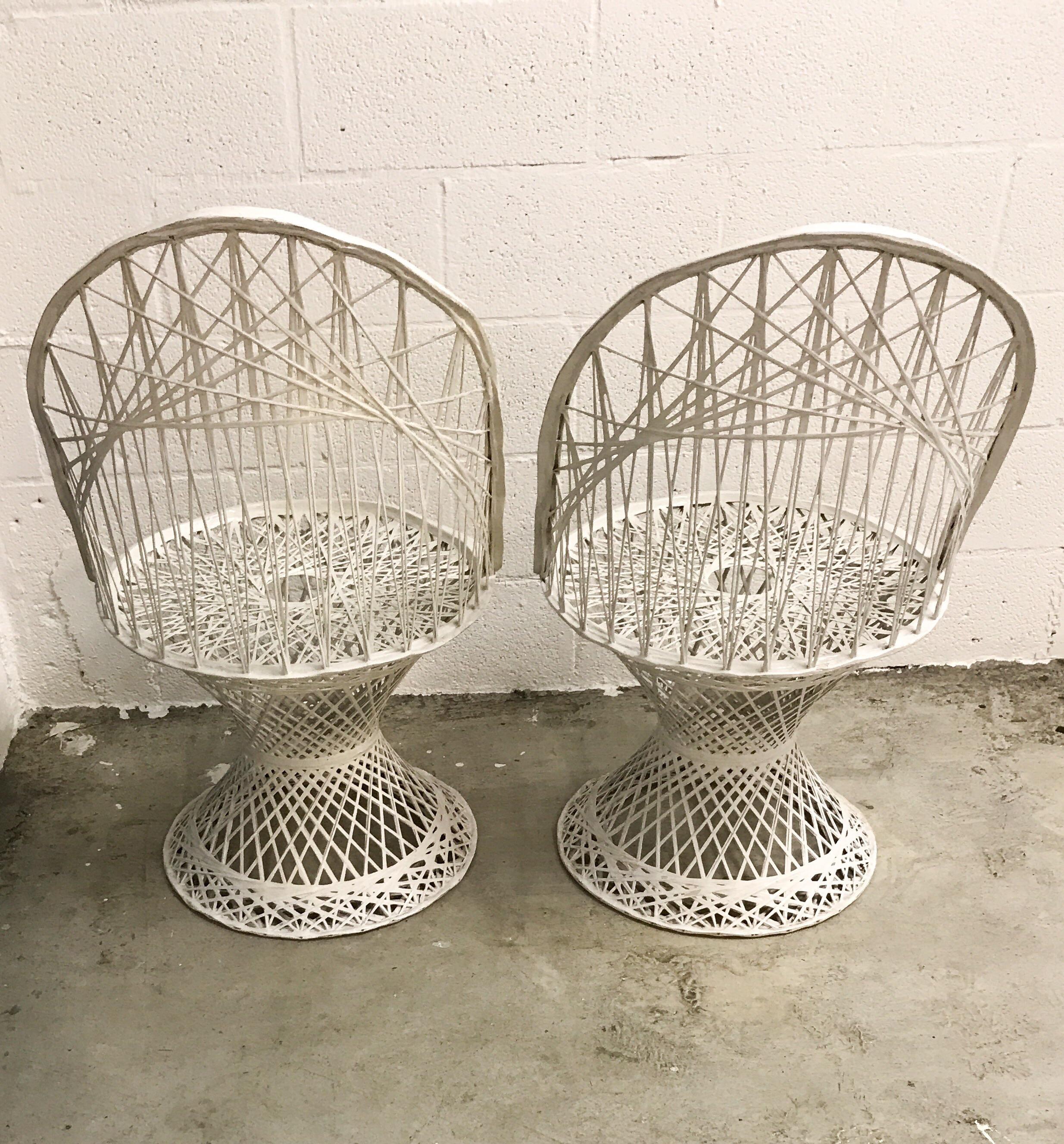 Mid Century Russell Woodard Spun Fiberglass Chairs   A Pair   Image 4 Of 11