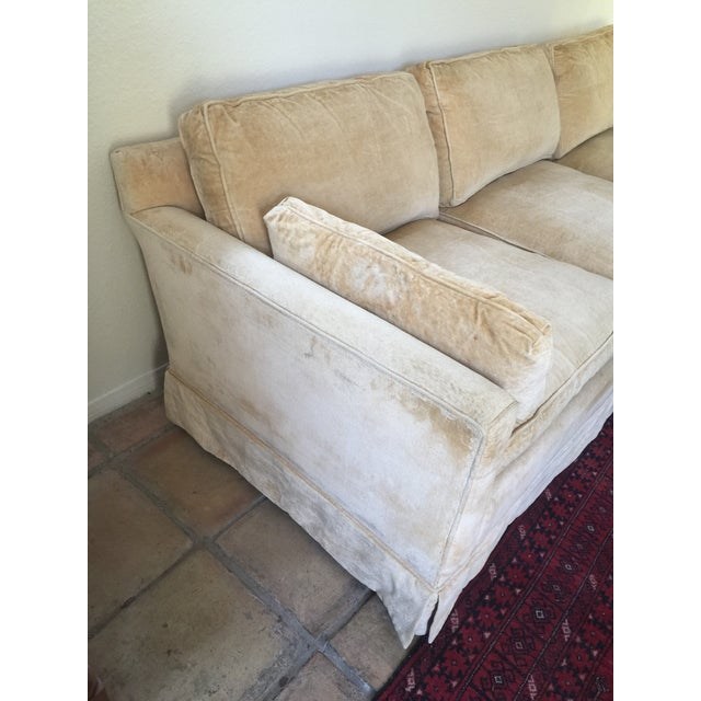 Feather 1960s Mid-Century Modern Hog and Horse Mane Hair Sofa Couch With Down Cushions With Floral Slipcover For Sale - Image 7 of 11