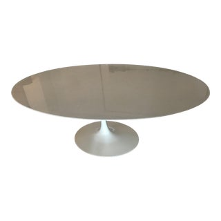 Mid-Century Modern Saarinen for Knoll 78' Oval White Marble Dining Table For Sale