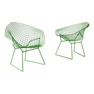 Harry Bertoia for Knoll Powder Coated Green Diamond Chairs - a Pair For Sale