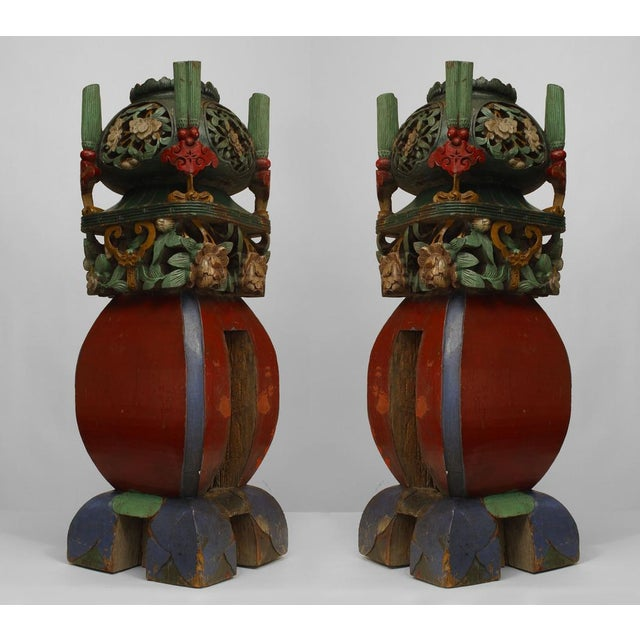 Asian Asian Chinese Style Square Multicolored Painted and Carved Garden Seat Newell Posts- a Pair For Sale - Image 3 of 3