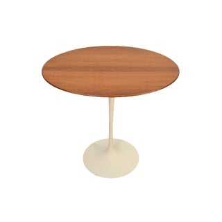 Mid-Century Modern Knoll Eero Saarinen White Tulip Base Table & Walnut Oval Top For Sale