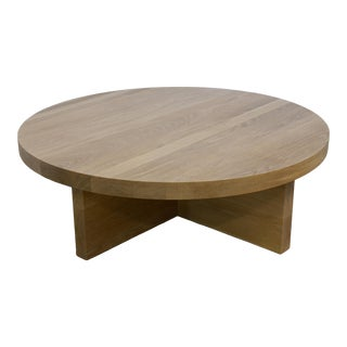 Mid-Century Modern Round White Oak Coffee Table For Sale