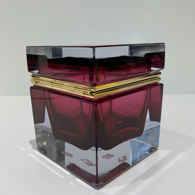 Magenta Italian Mandruzzato Murano Glass Hinged Box For Sale In Los Angeles - Image 6 of 11