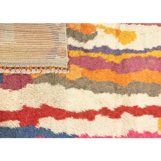 "Contemporary 1960s Vintage Turkish Tulu Rug - 5'1"" X 8'6"" For Sale - Image 3 of 3"