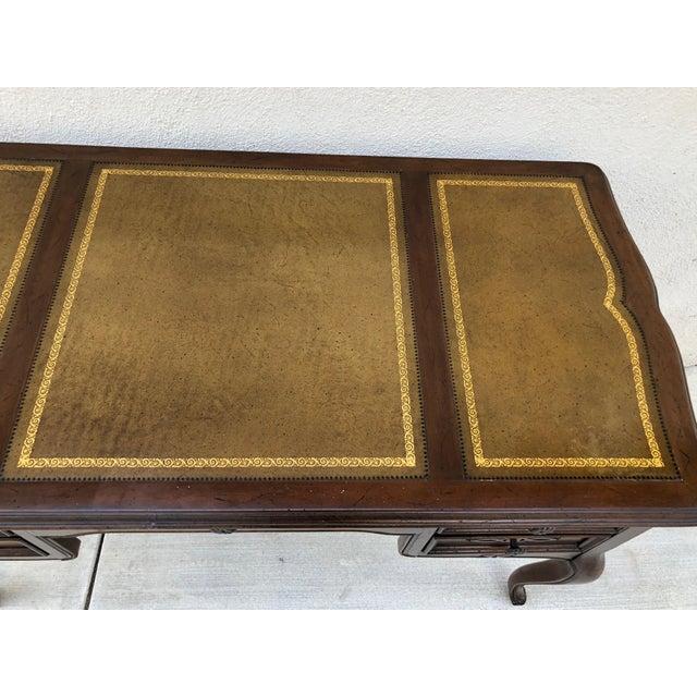 Brown Original Vintage Sligh Furniture Leather Top Writing Desk For Sale - Image 8 of 13